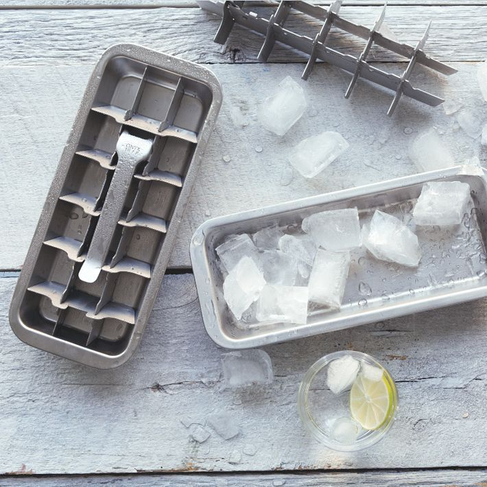 """<strong>Onyx Ice Cube Tray 