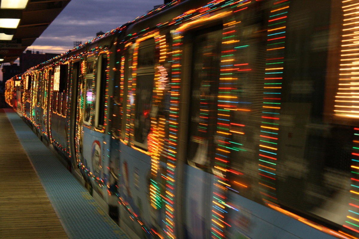 "The 2011 train in action. Photo by cta web <a href=""http://www.flickr.com/photos/ctaweb/sets/72157628239025241/with/654480112"