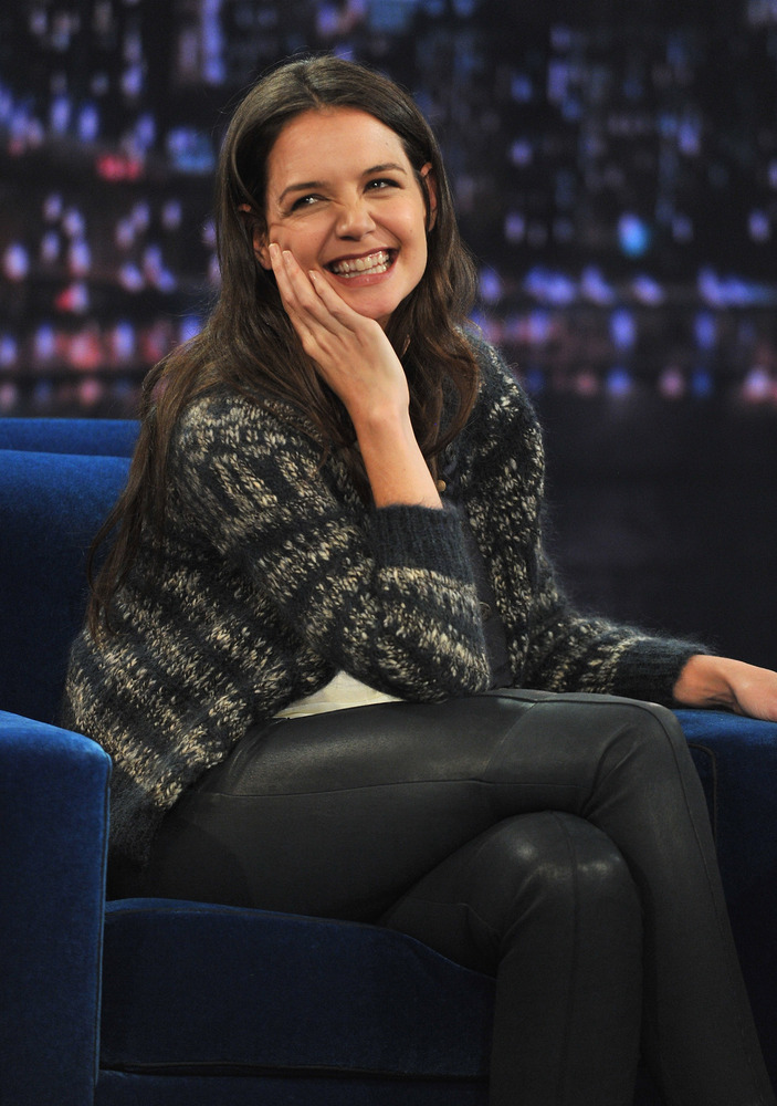 "In August 2012, Katie Holmes <a href=""http://www.people.com/people/article/0,,20623201,00.html"">finalized her divorce</a> fro"