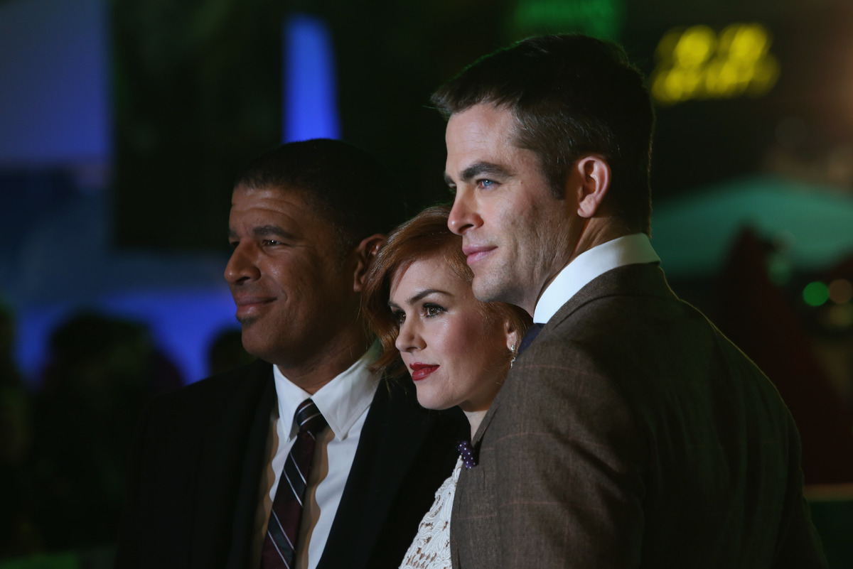 Director Peter Ramsey, actress Isla Fisher and actor Chris Pine attend the UK Premiere of 'Rise of the Guardians' at Empire
