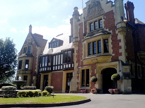 """<a href=""""http://www.thewoodnorton.com/hotel-overview.html"""">The Wood Norton Hotel </a>"""