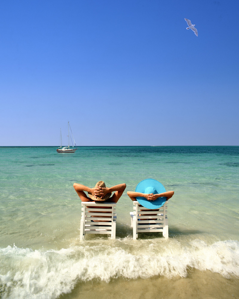 """Escape winter with the gift of a long weekend in the sunshine. Check out <a href=""""http://www.travelzoo.com/top20/"""">Travelzoo<"""