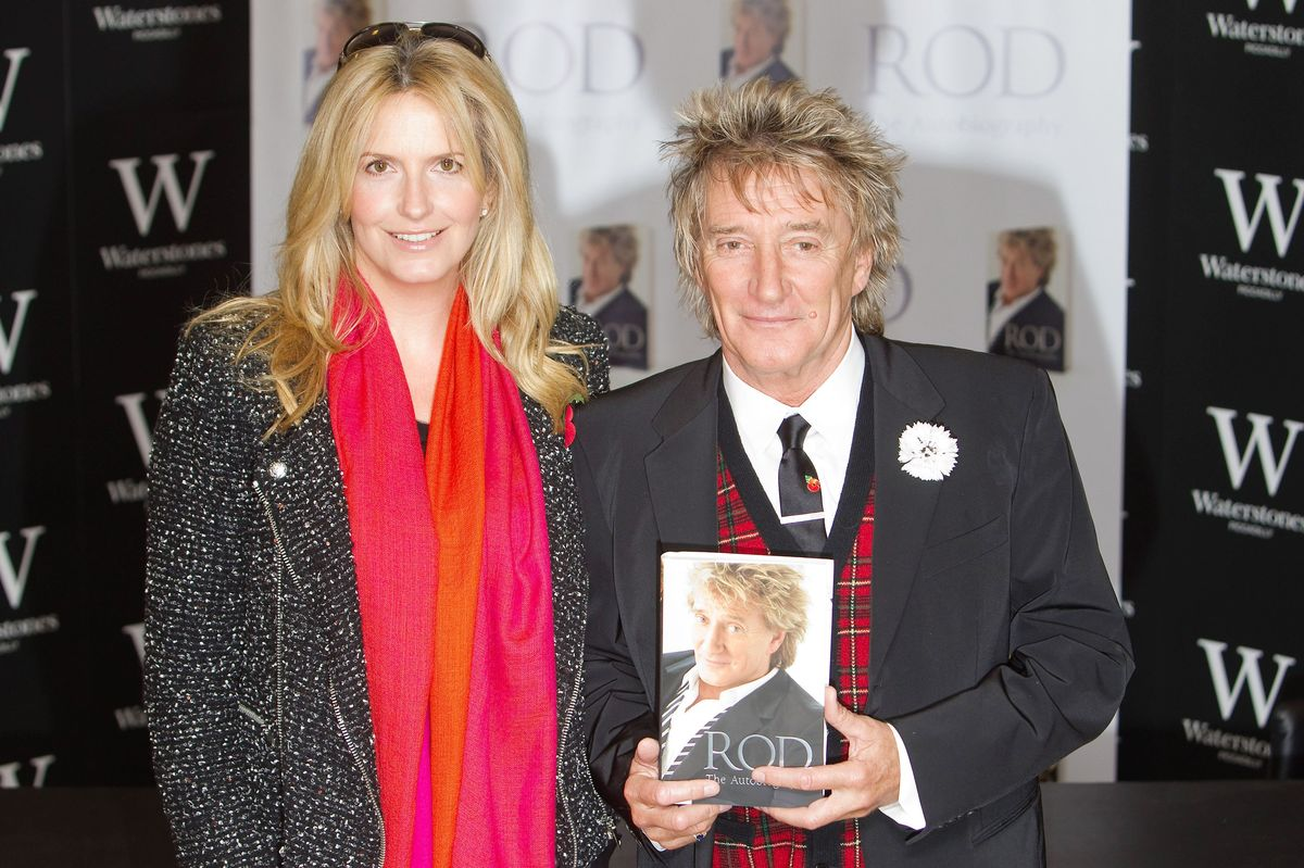 "<a href=""http://en.wikipedia.org/wiki/Rod_Stewart"" target=""_hplink"">Rod Stewart</a> has had three marriages (we're not counti"