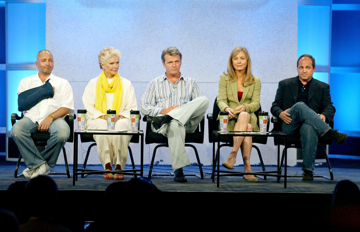 (L-R) Creator/Executive Producer Jack Kenny, actress Ellen Burstyn, actor Aidan Quinn, Susanna Thompson and Executive Produce
