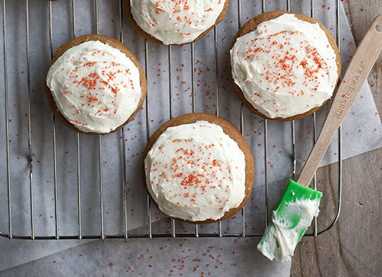 "<strong>Get the <a href=""http://www.twopeasandtheirpod.com/soft-gingersnaps-with-white-chocolate-cream-cheese-frosting/"">Soft"