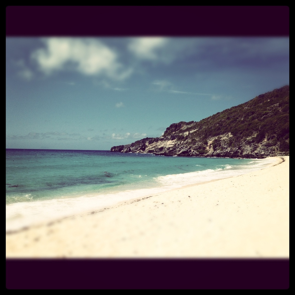 """<a href=""""http://www.huffingtonpost.com/kate-auletta/post_3311_b_1463074.html"""">Gouverneur beach, St. Barts,</a> from April 201"""