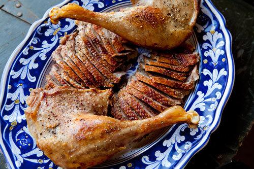 "<strong>Get the <a href=""http://www.simplyrecipes.com/recipes/how_to_roast_a_goose/"">Roast Goose recipe from Simply Recipes</"