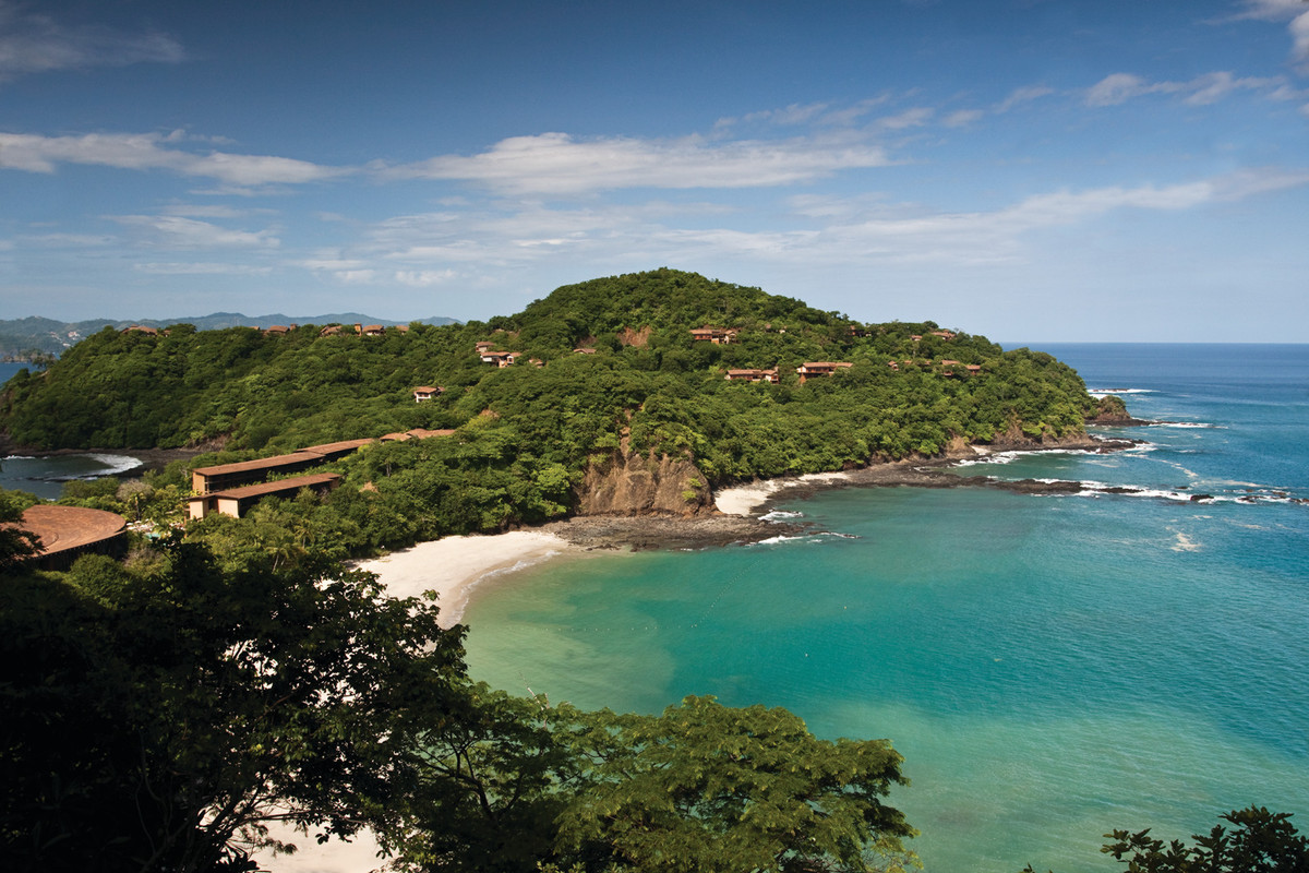 "The <a href=""http://www.fourseasons.com/costarica/"">Four Seasons Resort at Peninsula Papagayo</a> now offers a ""Disconnect to"