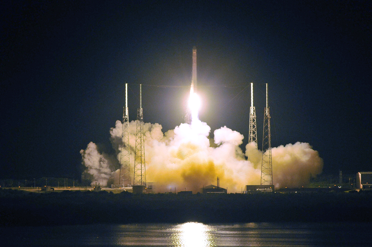 The SpaceX Falcon 9 rocket blasted off from Cape Canaveral on May 22, carrying the  Dragon Spacecraft, the first privately ow