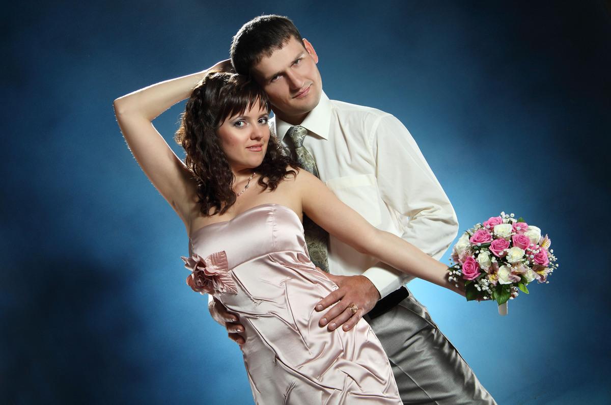 Fancy bridal party.
