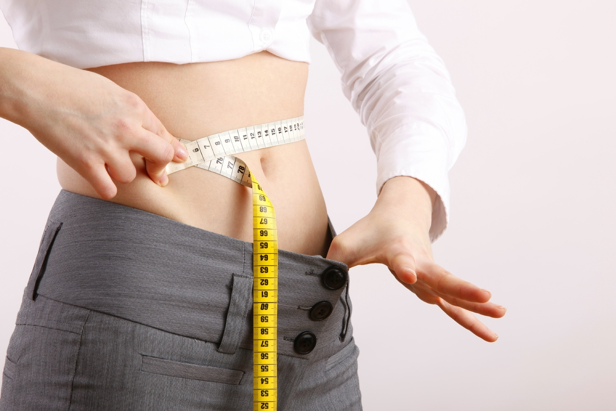 Know your measurements before you shop. Not only will it cut down the time you spend trying on clothes, it will help you choo