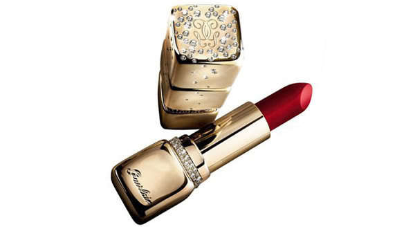 "Lipstick is just lipstick ... until it's <a href=""http://www.sassybella.com/2007/11/guerlains-62000-kisskiss-gold-and-diamond"
