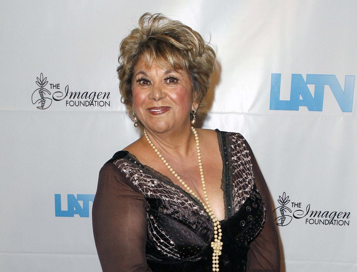 """The <a href=""""http://www.huffingtonpost.com/2012/07/27/lupe-ontiveros-dead-star-_n_1709783.html"""">popular Mexican-American actr"""