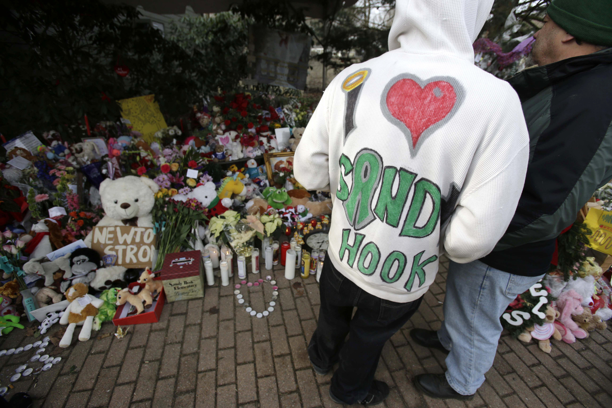 To honor the lives of the 20 students and six faculty members killed during the Sandy Hook Elementary School Shooting, NBC's