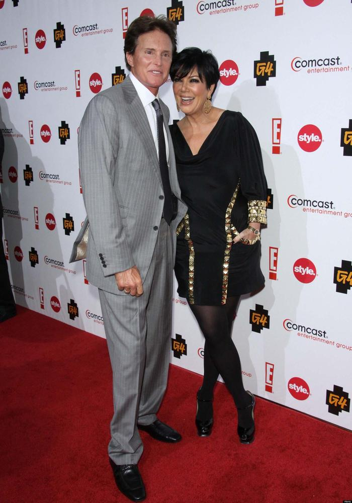 "The Kris and Bruce Jenner <a href=""http://www.huffingtonpost.com/2012/12/12/kris-jenner-bruce-jenner-divorce-rumors-continue_"