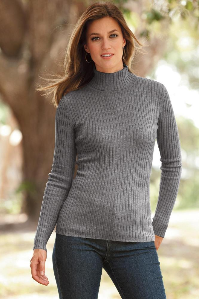 Turtlenecks in general can be hard to pull off, but adding chunky ribs to a clingy knit makes the look even more difficult.