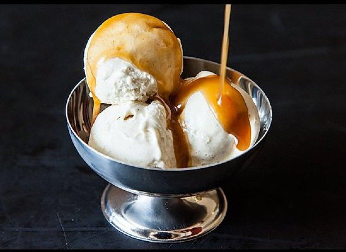 "<em><strong><a href=""http://food52.com/recipes/18618_miso_caramel"" target=""_hplink"">Get the recipe</a></strong>.</em><br> Th"