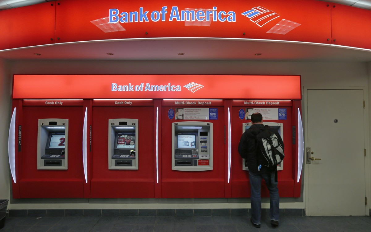 """In December it was revealed that BofA is America's <a href=""""http://www.huffingtonpost.com/2012/12/11/bank-of-america-customer"""
