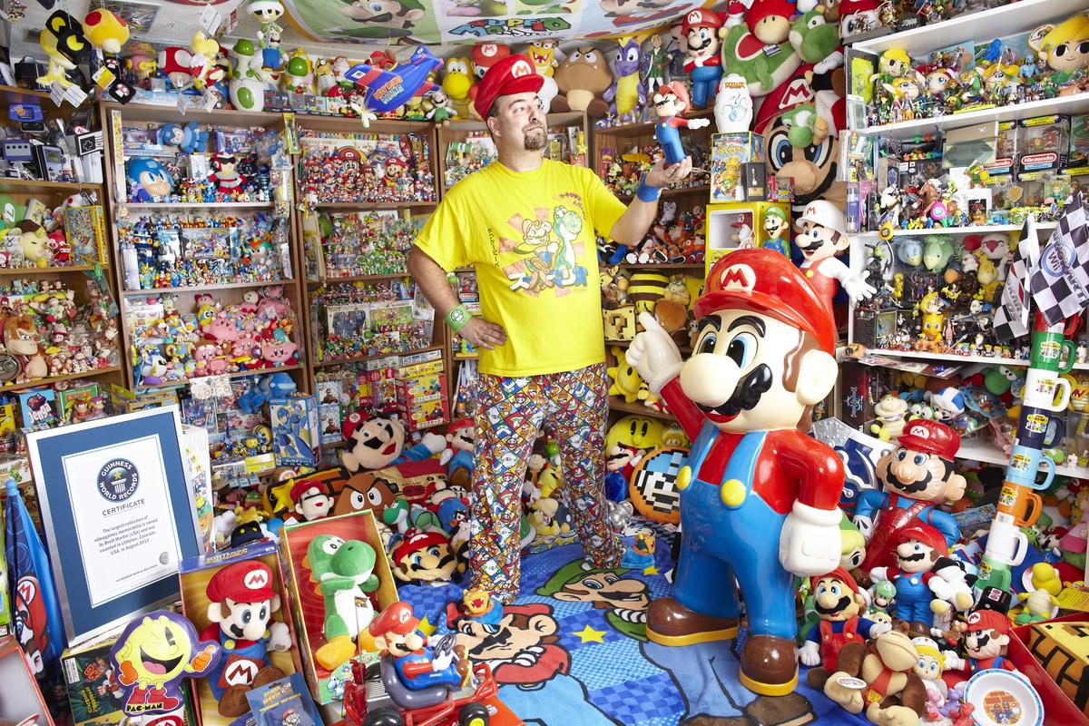 In 1989, eight-year-old Brett Martin's parents gave him a 1.6-inch Mario holding a mushroom. As of October 2012, Brett has am