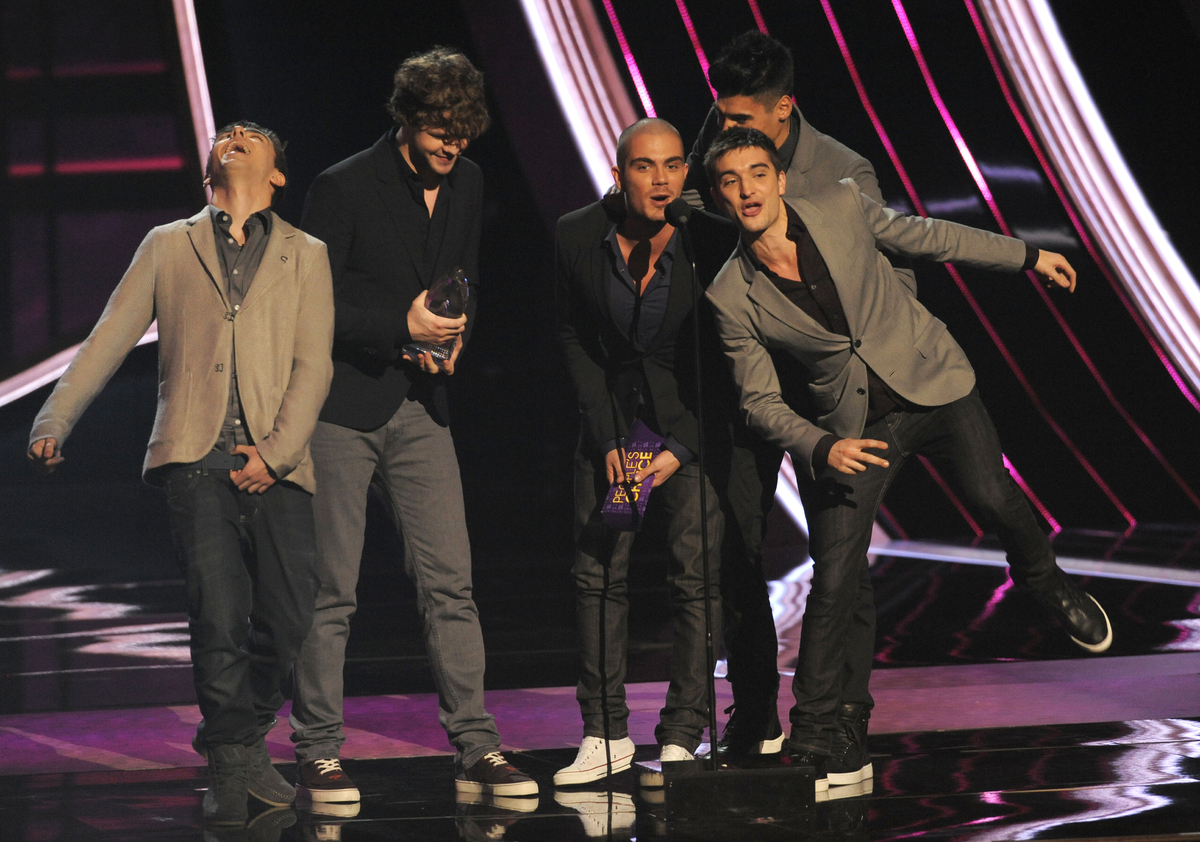 2012 newcomers The Wanted beat out rival British boy band One Direction to win the Favorite Breakout Artist Award. The guys w