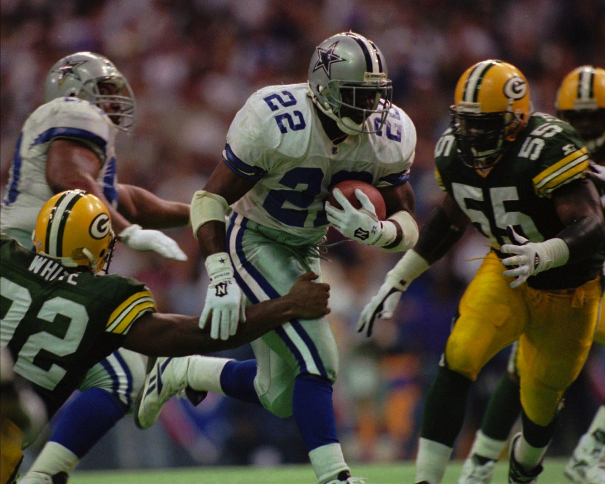 1995 NFC Championship: Dallas Cowboys vs. Green Bay Packers (38-27)  Carries: 35 Yards: 150 AVG: 4.3 TD: 3