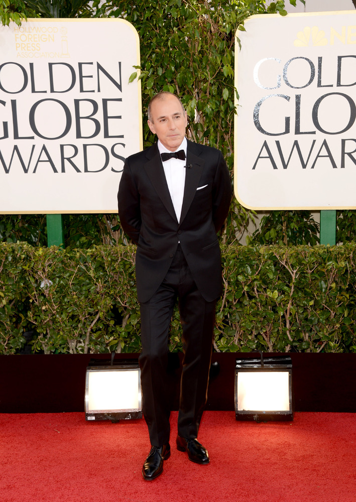 Lauer wore a traditional tuxedo with black bow tie.