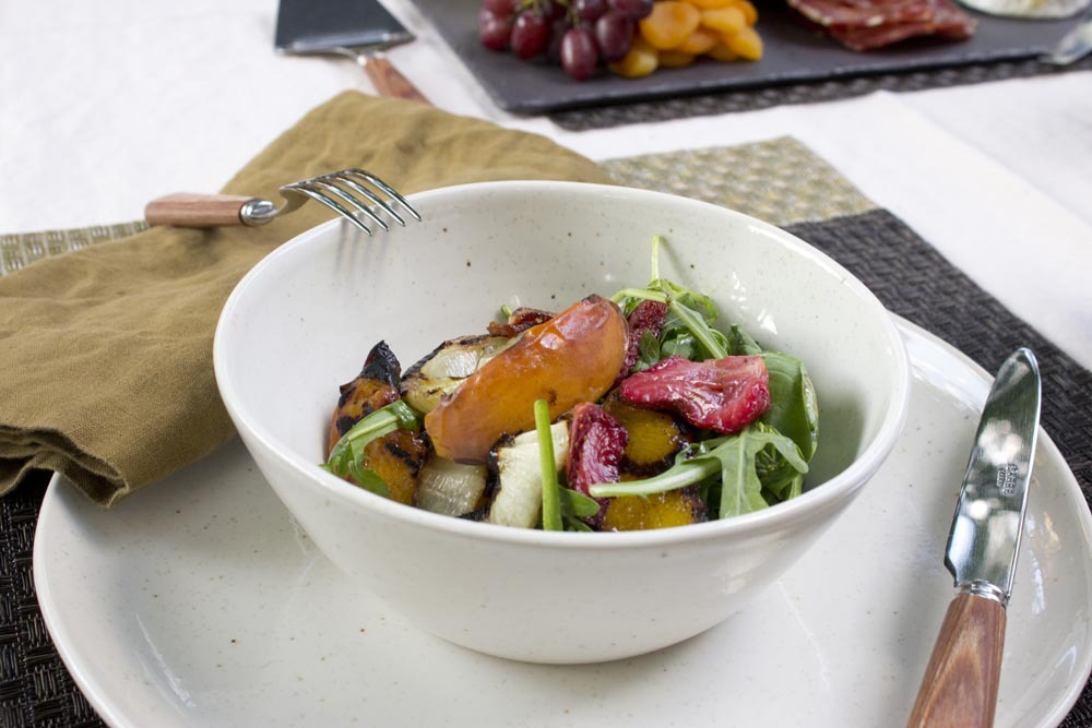 Adoptar una dieta vegetariana – una dieta que elimina toda clase de carne – no tiene que suceder de un día para otro, dice el