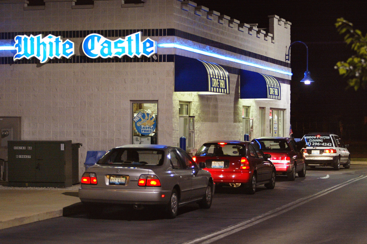 "The burger joint of <a href=""http://www.imdb.com/title/tt0366551/"">Harold and Kumar fame</a> pushes customers to ""crave"" its"