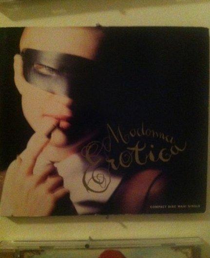 @HuffingtonPost #hpfavoritealbum http://lockerz.com/s/277202582