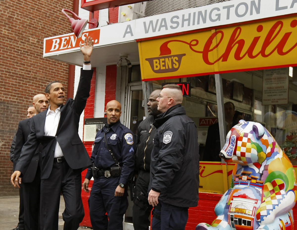 """Check out some of the restaurants the Obamas have enjoyed during their tenure as First Family, like <a href=""""http://www.huffi"""