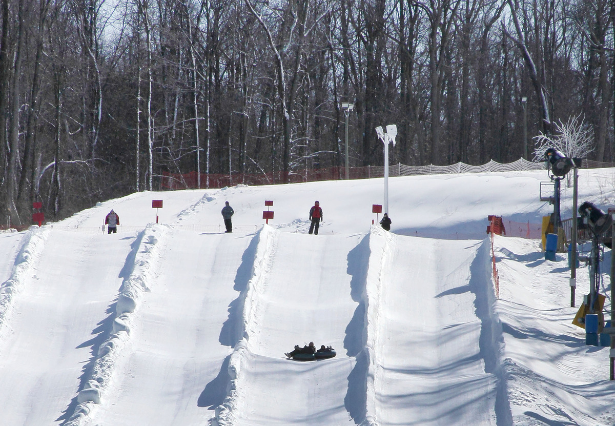 """The tall spot in a flat state, <a href=""""http://www.skimadriver.com/"""">Mad River Mountain</a> makes this list for offering late"""