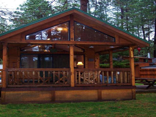 We Love The Cabin Like Look.