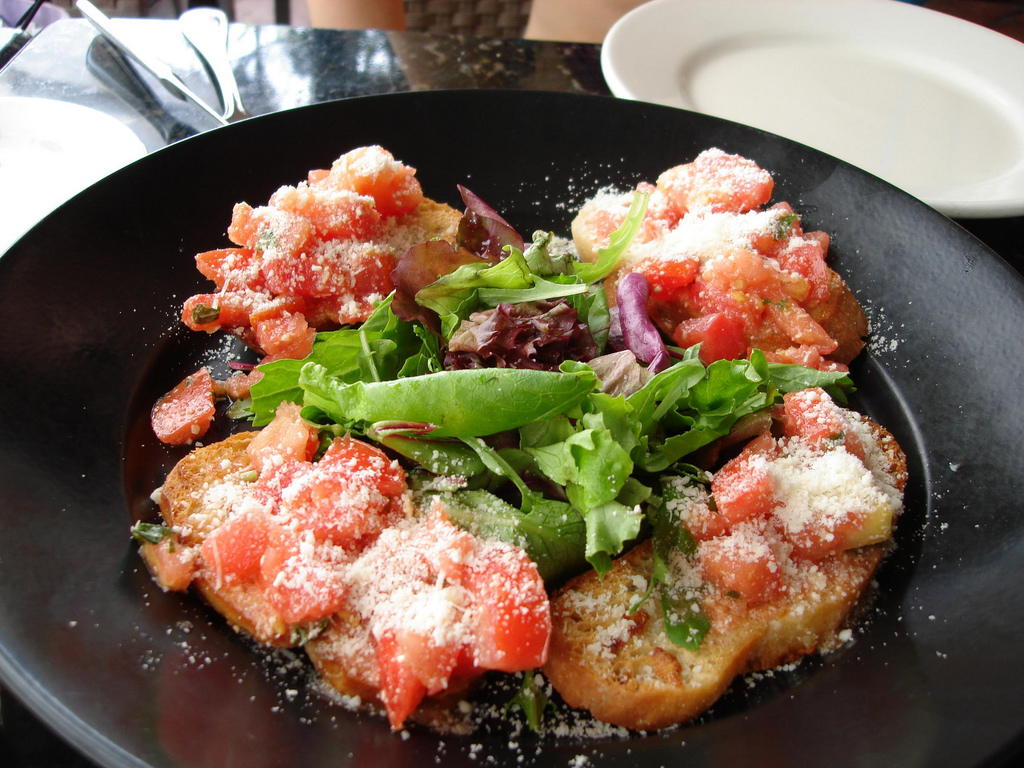 """Pronounced: broo-sket-ah  The Italian appetizer that is not a brush.  <a href=""""http://www.flickr.com/photos/doortoriver/29028"""