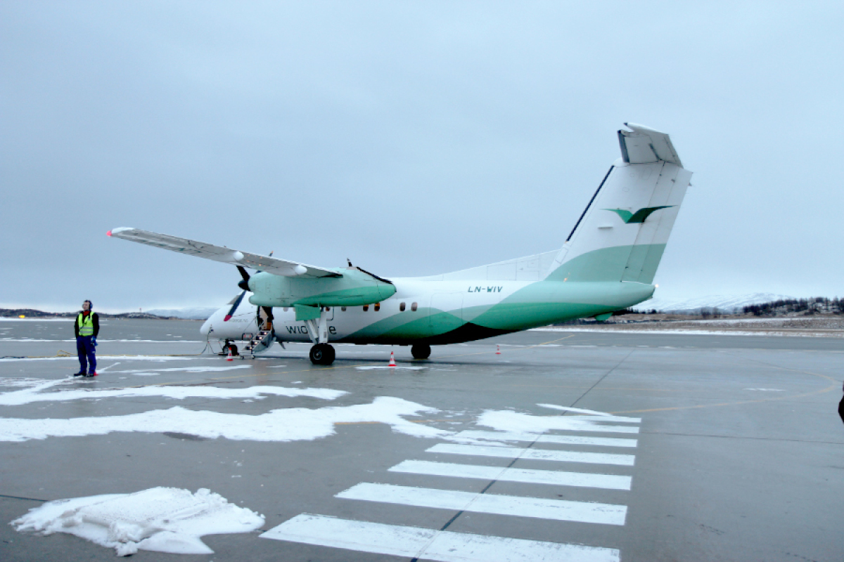 A 30-seater Wideroe aircraft flying from Bodø to Svolvær