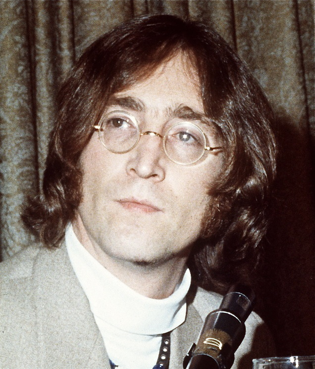 Ex-Beatle John Lennon claimed that in 1974, he and his girlfriend, May Pang, both witnessed a flying saucer hovering close to
