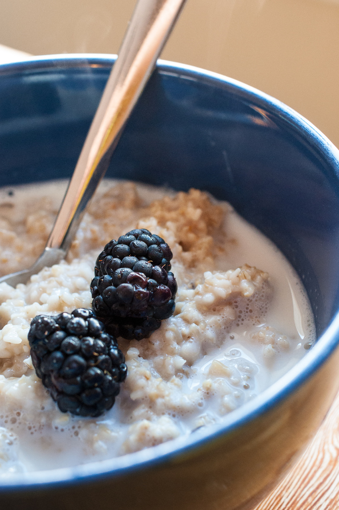 "Oatmeal is a good source of soluble fiber and contains <a href=""http://altmedicine.about.com/od/herbsupplementguide/a/Beta-Gl"