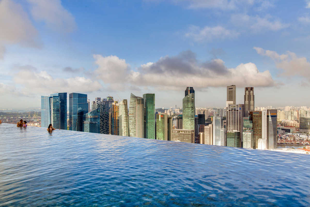 "Warning: If you're at all terrified of heights, we suggest staying out of this pool. The <a href=""http://www.marinabaysands.c"