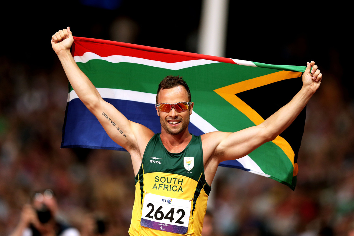 LONDON, ENGLAND - SEPTEMBER 08:  Oscar Pistorius of South Africa celebrates as he wins gold in the Men's 400m T44 Final on da