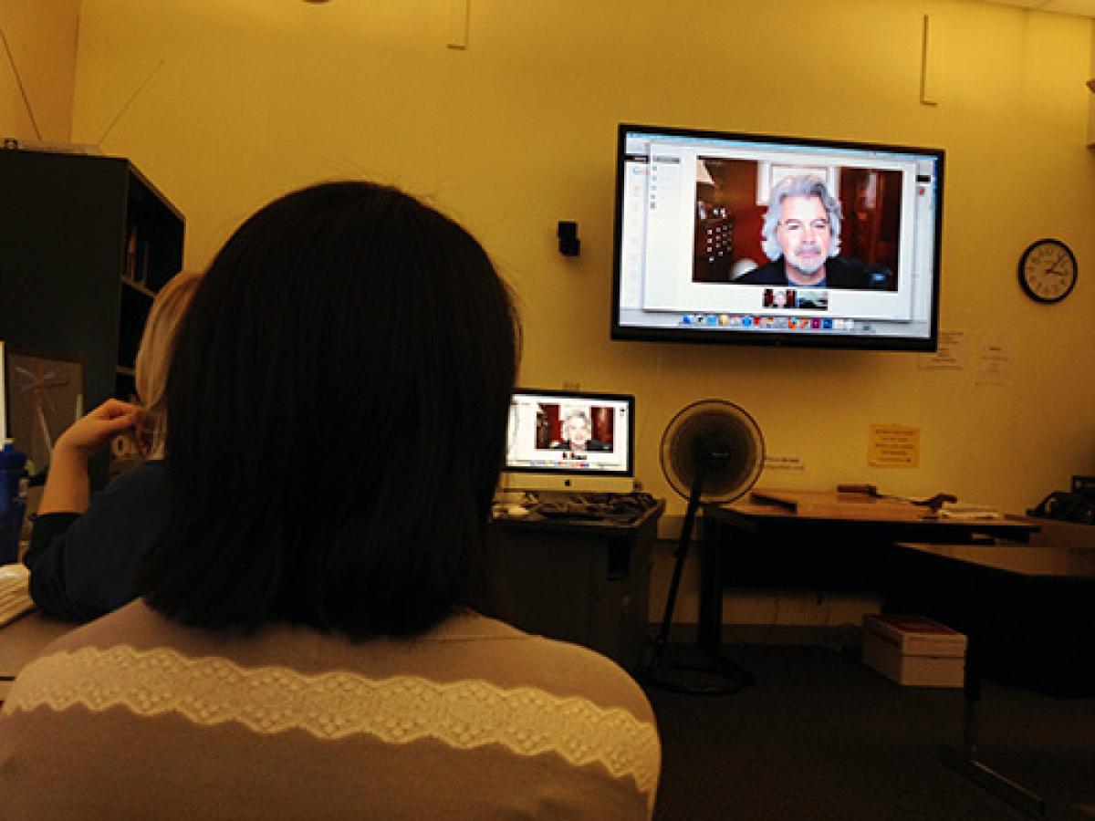 UNO School of Communication students learn about Google Analytics via a Hangout lecture.