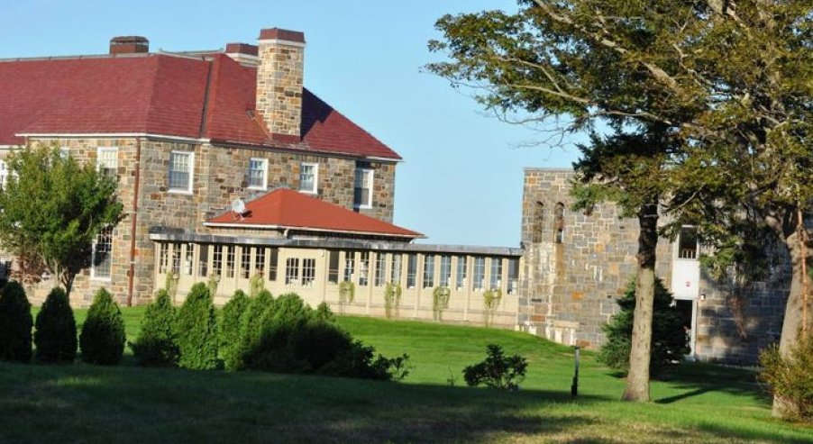 "Located in a stone mansion on the scenic Massachusetts coast, the <a href=""https://easternpoint.org/"">Jesuit-run retreat cent"