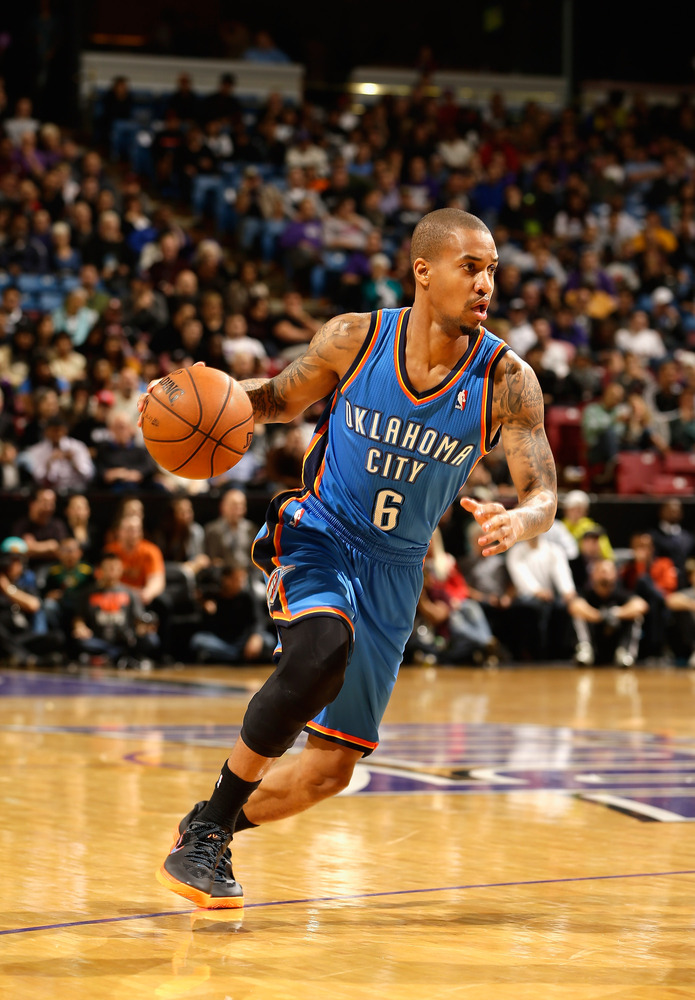 "The Thunder have traded reserve point guard Eric Maynor to the Trail Blazers, according to <a href=""http://twitter.com/Spears"
