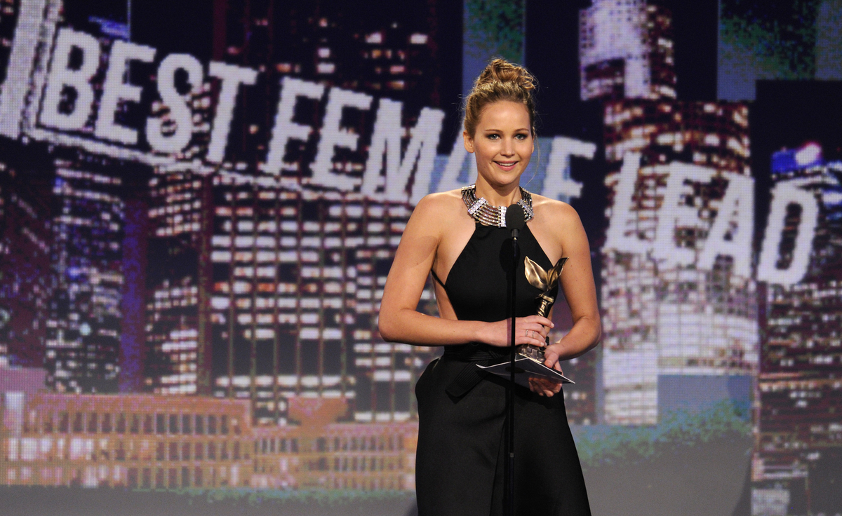 "Actress Jennifer Lawrence accepts the award for best female lead for ""Silver Linings Playbook"" at the Independent Spirit Awar"