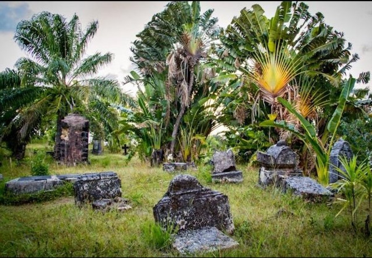 The remains of what may be the world's only legitimate pirate cemetery still serve as an eerie place to visit on Ile Sainte-M