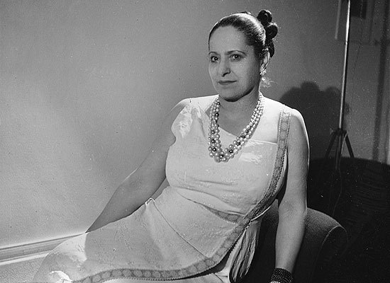 In 1902, Polish native Helena Rubinstein arrived in Australia and began selling facial creams to ladies who admired her fair