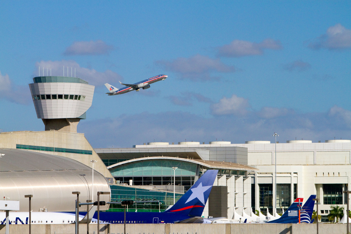 Of the many air travel options in Florida, MIA gets the worst ratings from business travelers. Although there are plenty of f