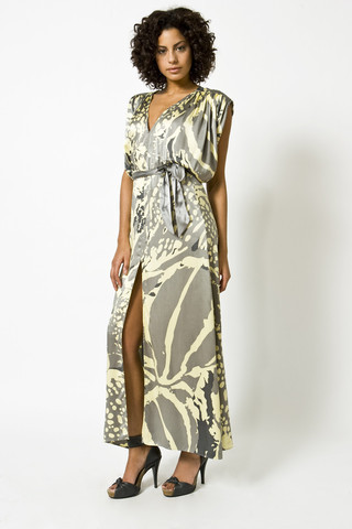 "<a href=""http://tori-nichel.myshopify.com/collections/clothing/products/silk-charmeuse-printed-dynasty-maxi-dress"">Dynasty ma"