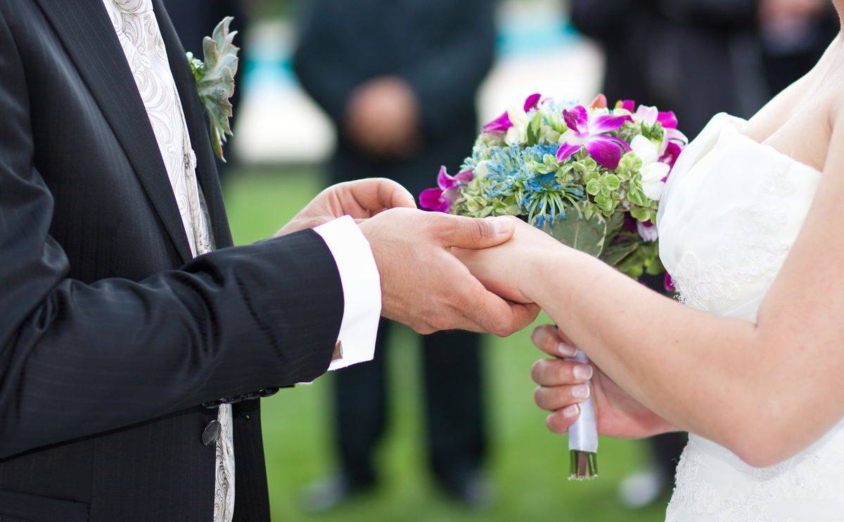 The average cost of a wedding in 2012 was $28,427 (excluding the honeymoon). That's an increase of $1,400 since 2011.