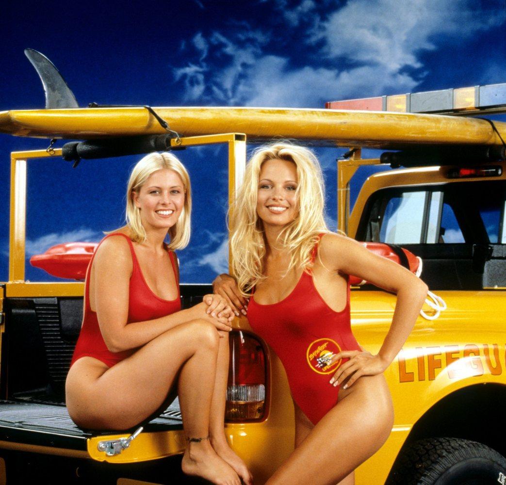 Nicole Eggert and Pamela Anderson of 'Baywatch.'