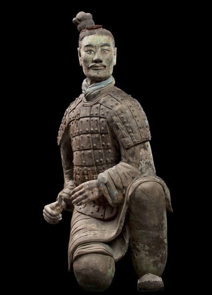 Armored kneeling archer, Qin dynasty (221–206 BCE). China. Terracotta. Excavated from Pit 2, Qin Shihuang tomb complex, 1977