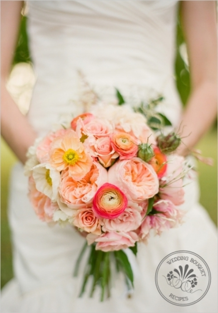 The peach and coral of this bouquet filled with ranunculus make it an instant Lover.ly favorite. 